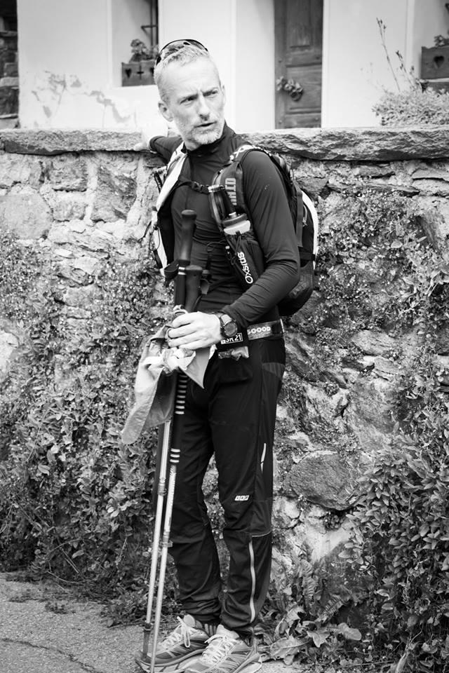 Thomas Legrain au départ de la base de vie de Valtournenche, km 240